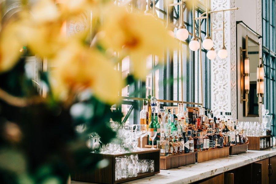 Cooper Lounge Macaroon